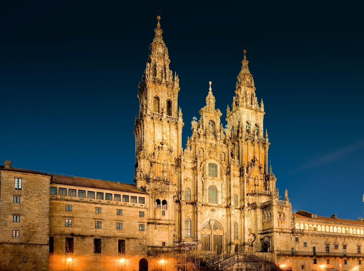 На пути к Сантьяго-Де-Компостела: в поисках искусства Испании
